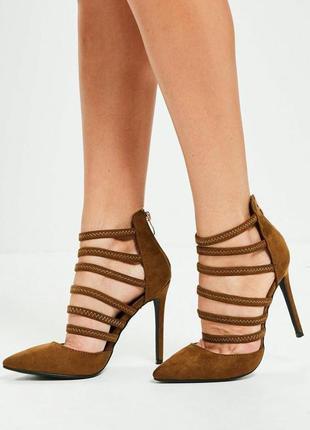 Оригинальные  коричневые туфли на ризинках  missguided