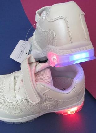 Белые кроссовки на девочку, на мальчика, светится подошва, сетка