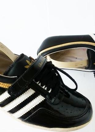 Спортивные мокасины adidas concord round. оригинал. верх - натуральная кожа