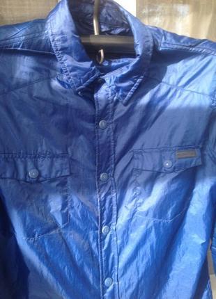 Моднячая куртка итальянского бренда труссарди