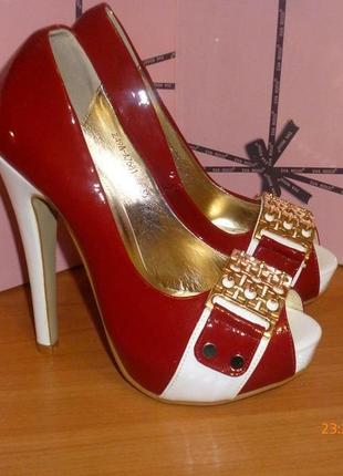 Фирменные туфли eva rossi