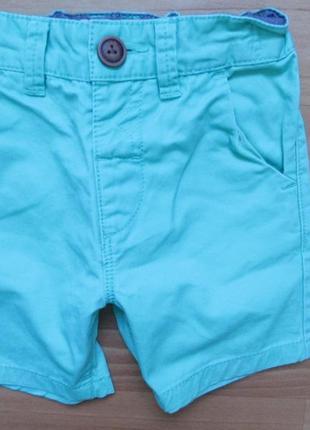 Яркие шорты next на 1,5-2,0 года 2015г