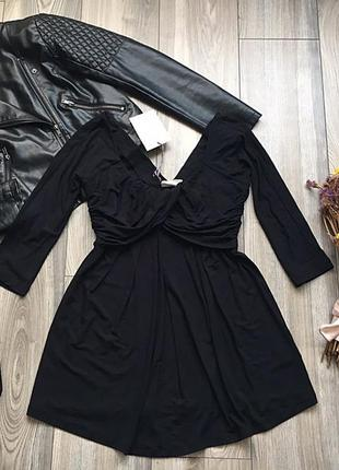 Клевое платье vanessa knox