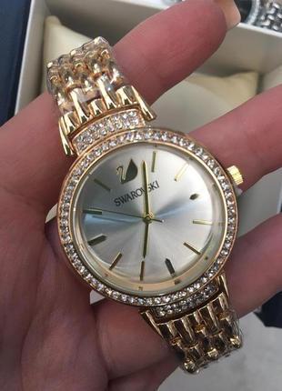 Красивые часы в коробочке1 фото