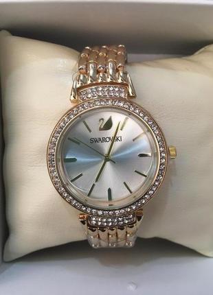 Красивые часы в коробочке2 фото