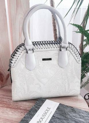 Женская сумка с тиснением 925 светло-серая
