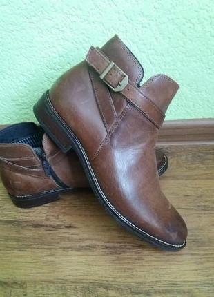 Шикарные кожаные ботинки коричневого цвета от 5-th avenue