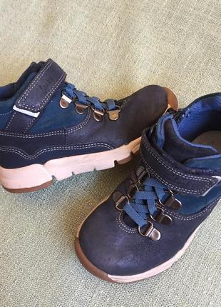 Деми ботинки clarks кожа р.251 фото