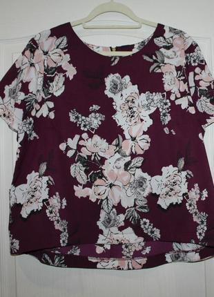 Красивая блуза  dorothy perkins с принтом цветов