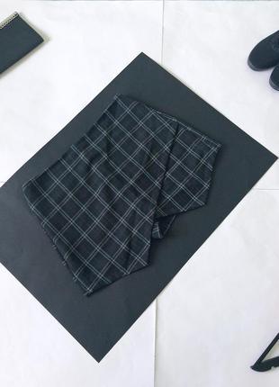 Брендовая юбка-шорты в клетку. клетчатая юбочка-шортикиatm. размер l л