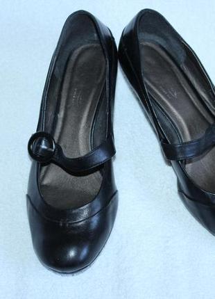 Женские туфли отличного качества