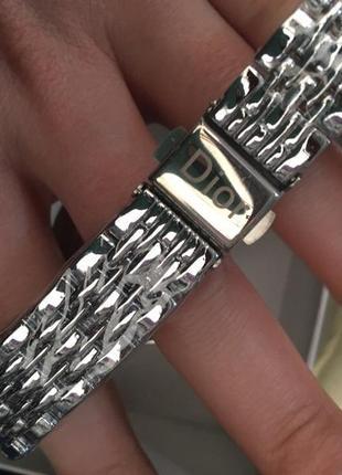 Стильные часы в подарочной короболчке3 фото