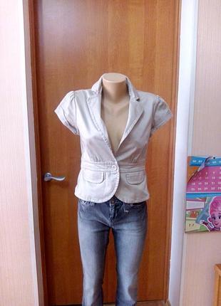 Женский пиджак с коротким рукавом h&m р-р s