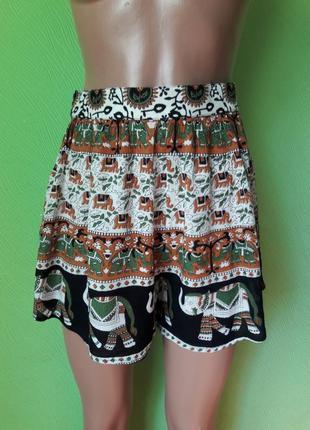 Летние шорты с натуральной ткани