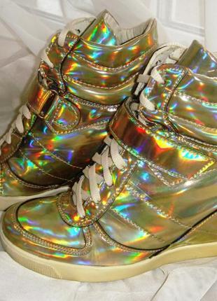 Итальянские женские высокие ботинки кроссовки на каблуке сникерсы river island стелька25см