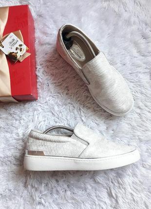 Шикарные слипоны lucky shoes