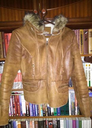 Оригинальная весенне-осенняя дубленка куртка guess с капюшоном
