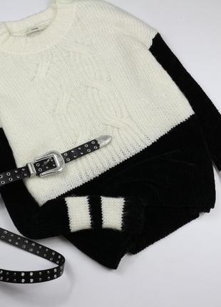 Комбинированый вязаный свитер с бархатной нитью