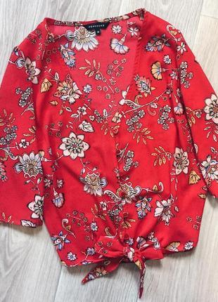 Блуза в цветы peacocks