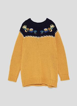 Объёмный свитер zara оверсайз с вышивкой крупной вязки