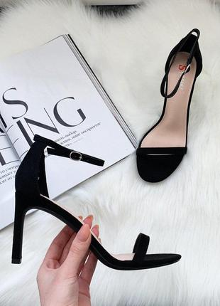 Очень красивые черные босоножки туфли