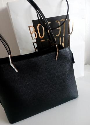 Черная сумка baldinini с внешним карманом из глянцевой кожи, упаковка чек ярлык6 фото