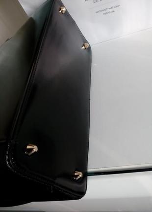 Черная сумка baldinini с внешним карманом из глянцевой кожи, упаковка чек ярлык10 фото