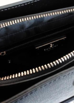 Черная сумка baldinini с внешним карманом из глянцевой кожи, упаковка чек ярлык9 фото