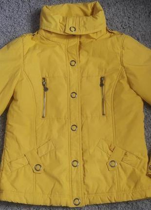 Куртка весняна 38р м