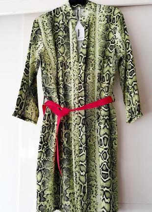 Очень стильное платье italia💚