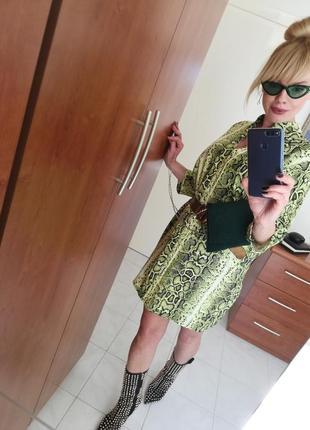 Очень стильное платье italia💚3 фото
