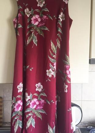 Фирменное миди платье большой размер сзади с корсетом! очень стильное 🌸