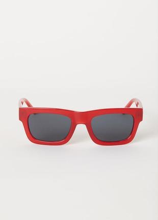 Красные солнцезащитные очки h&m