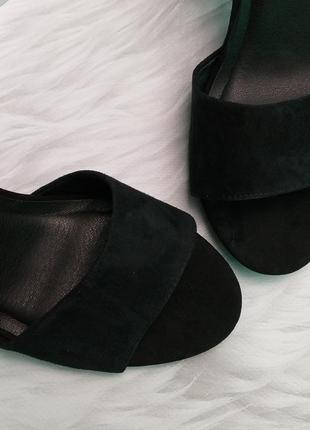 Steve madden оригинал замшевые босоножки на широком каблуке бренд из сша6 фото
