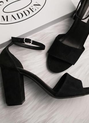 Steve madden оригинал замшевые босоножки на широком каблуке бренд из сша7 фото