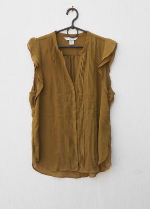 Летняя нарядная блузка без рукавов на пуговицах