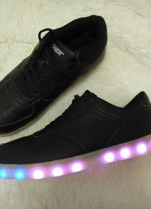 Panther крутые светящиеся кроссовки кеды р. 39-40