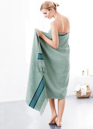 Большое банное полотенце от тсм чибо германия , размер 200 на 100 см