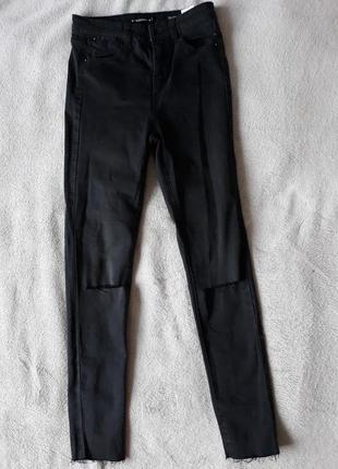Чорні джинси reserved