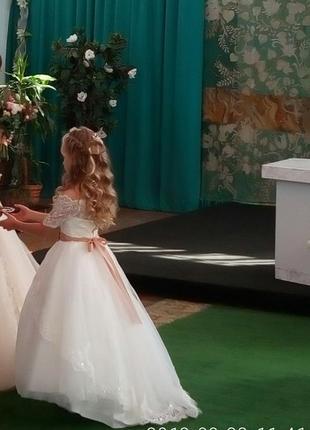 Шикарное платье для принцессы.2 фото