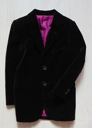 Marks & spencer. размер 7 лет. шикарный нарядный чёрный велюровый пиджак для мальчика
