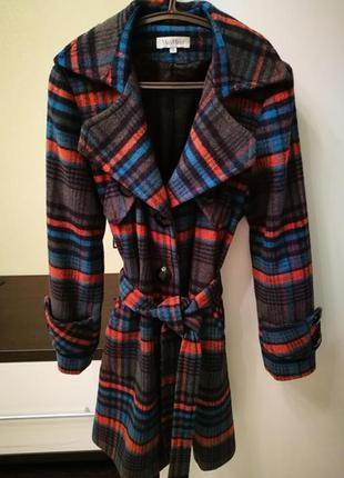 Стильное трендовое пальто от max mara