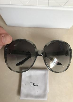 Очки солнцезащитные фирменные стильные модные dior7 фото