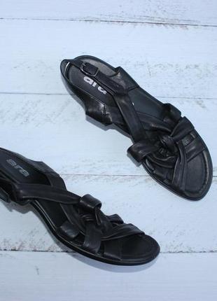 Ara кожаные босоножки на небольшом каблуке сандалии
