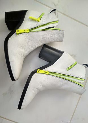 Стильні шкіряні черевички 36р