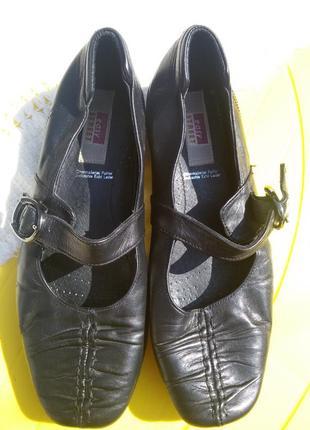 Удобные кожанные туфли  easy street
