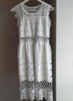 Белое кружевное платье плаття мереживне
