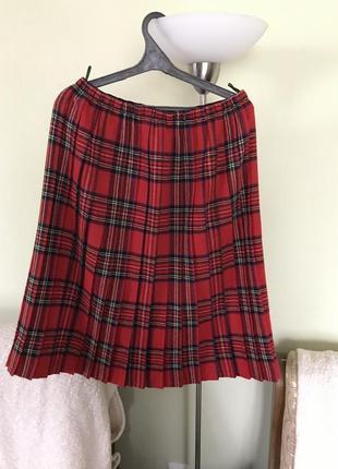 Тёплая плисерованая юбка подойдёт для талии от37-55 см.
