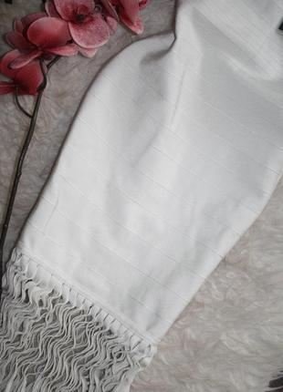 Премиум коллецие бандажное молочное платье с бахромой5 фото