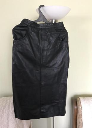 Кожаная юбка  для изысканных дам